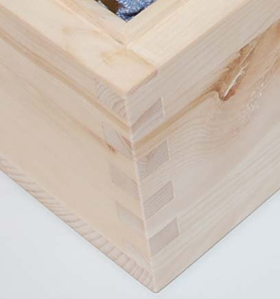 Bild zeigt metallfreie Holzverbindung