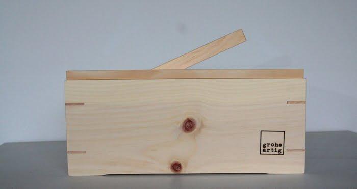 Bild zeigt Zirbenbrotkasten